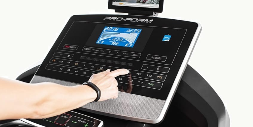 Preset Programs And Incline And Decline Settings Are Easy To Use On The ProForm 2000 Treadmill In This Review
